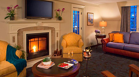 The Harborside Hotel, Spa & Marina